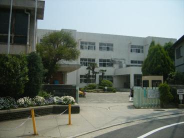 市立甲陽園小学校の画像1