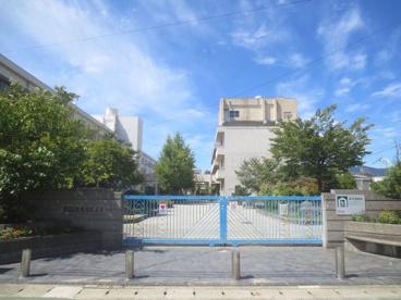 市立瓦木小学校の画像1