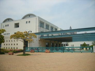 市立西宮浜中学校の画像1