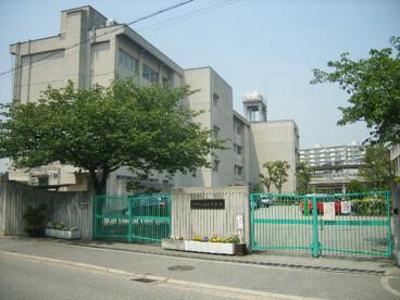 市立真砂中学校の画像1