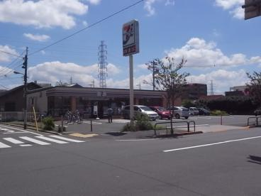 セブン−イレブン足立江北6丁目店の画像1