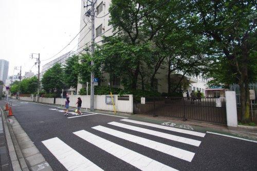 文京区立根津小学校