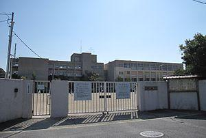 市立武庫の里小学校の画像1