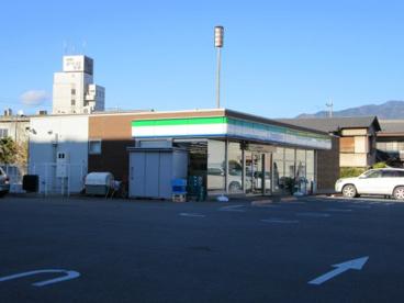 ファミリーマート甲府富竹店の画像2