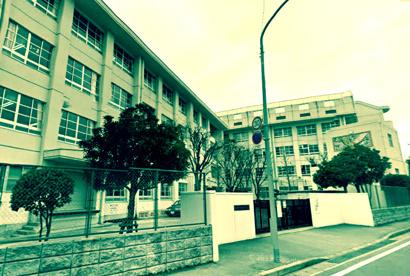 原中央中学校の画像1