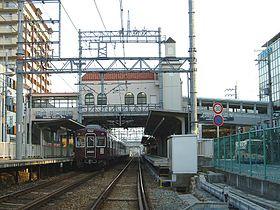 阪急今津線甲東園駅の画像1
