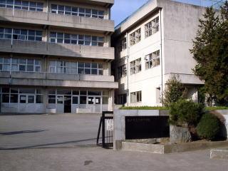 松戸市立六実中学校の画像1