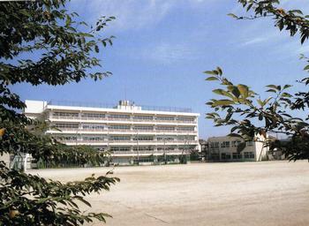 松戸市立小金南中学校の画像1