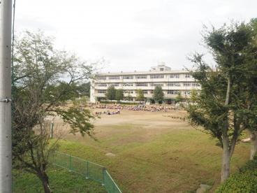 久喜市立青毛小学校の画像1