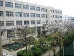 横堤中学校の画像1