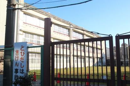 茨田東小学校の画像1