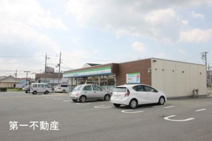 ファミリーマート 加東上中店の画像1