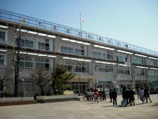 杉並区立 松庵小学校の画像