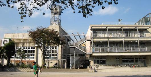 杉並区立 杉並第四小学校の画像