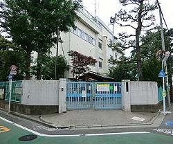 杉並区立 高井戸第二小学校の画像