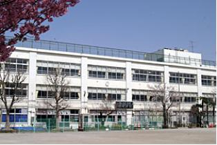 杉並区立 富士見丘小学校の画像