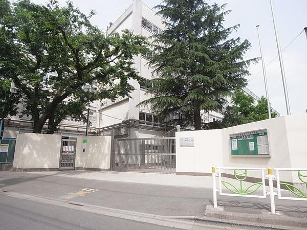 杉並区立 高井戸東小学校の画像
