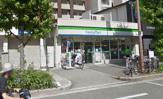 ファミリーマート南森町駅前店