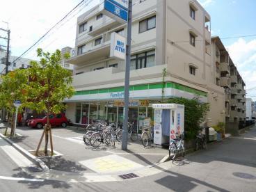 ファミリーマート 今津駅前店の画像1