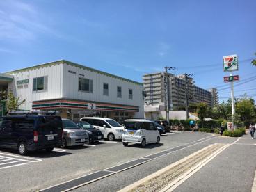セブンイレブン大浜町店の画像1