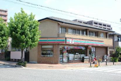 セブンイレブン夙川店の画像1