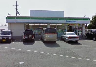 ファミリーマート京屋東山店の画像1