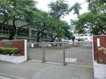 南が丘中学校