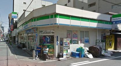 ファミリーマート アメリカ村店の画像1