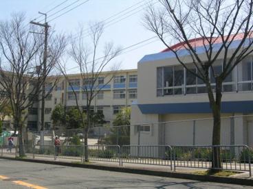 金剛中学校の画像1