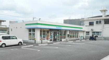 ファミリーマート 南城馬天入口店の画像1
