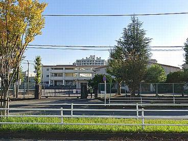 平塚市立崇善小学校の画像1