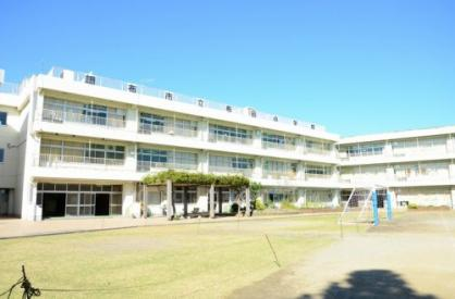 調布市立 布田小学校の画像1