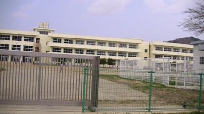 石巻市立万石浦小学校の画像1