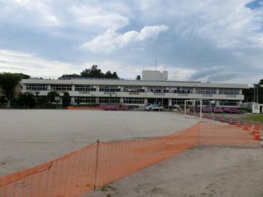 鳩山町立 亀井小学校の画像1