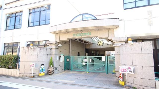 京都市立 衣笠小学校の画像