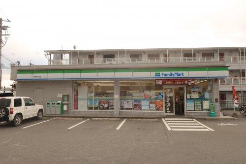 ファミリーマート高槻岡本町店の画像