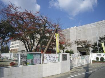 高槻市立川西小学校の画像2