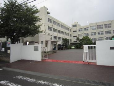 高槻市立郡家小学校の画像1