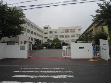 高槻市立郡家小学校の画像2