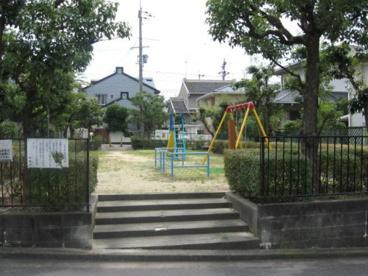 芝谷町こすもす児童遊園の画像2