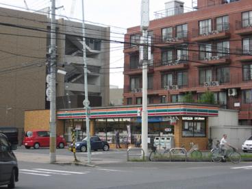 セブンーイレブン高槻八丁西町店の画像1