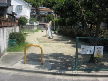 日吉台六番町うのはな児童遊園の画像1