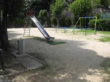 新真上町第4公園の画像3