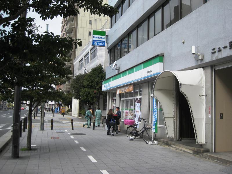 ファミリーマート阪神野田店の画像