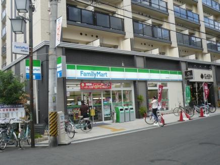 ファミリーマート 天満市場店の画像