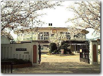 八尾市立 南山本小学校の画像