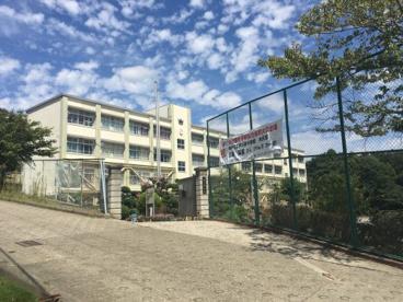 伊川谷中学校の画像1