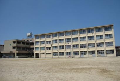 錦小学校の画像1