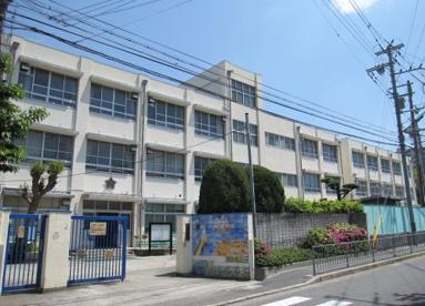 市小学校の画像1