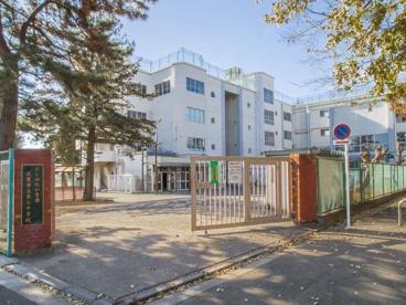 三鷹市立第二中学校の画像1